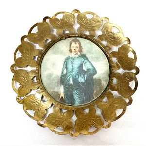 Vintage brass butterfly picture frame small circle
